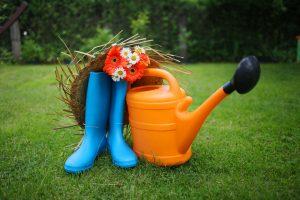 jardinage arrosoir bottes